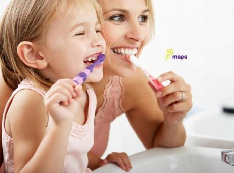 Երեխայի ատամների խնամք